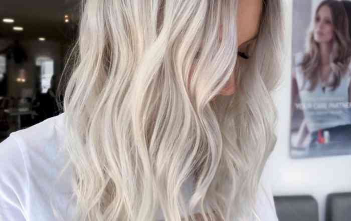 root-shadow-hair-color-trend-2020